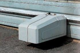 MEC 200 Motoriduttore - 197 - Apricancello scorrevole elettromeccanico per cancelli massimo 1850 kg, con motoriduttore trifase orizzontale da 1,0 Cv