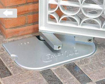 COMBI 740 - 745 - Cassaforma di protezione completa di coperchio per centralina/martinetto COMBI 740 da 110° e 175°